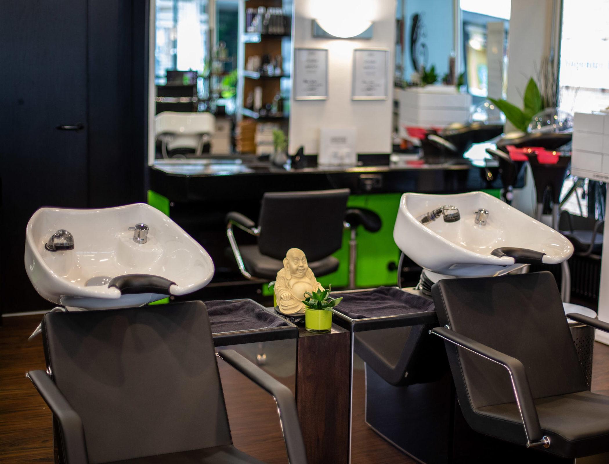 Salon, Waschplätze